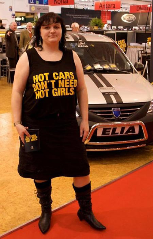 hot-cars-dont-need-hot-girls